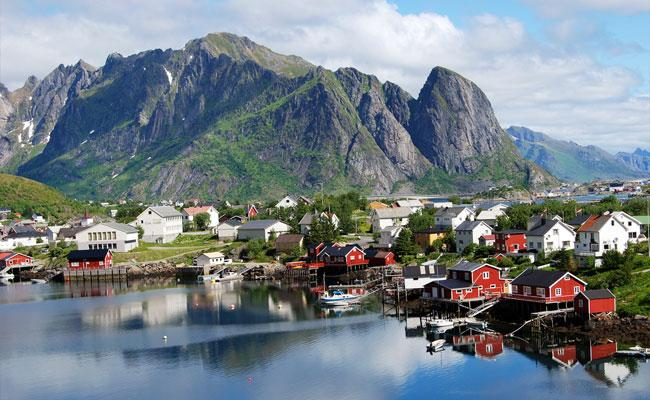 25 - 5 Most Relaxing Villages in the World
